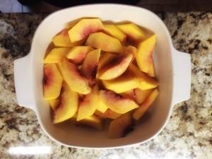 sliced-peaches